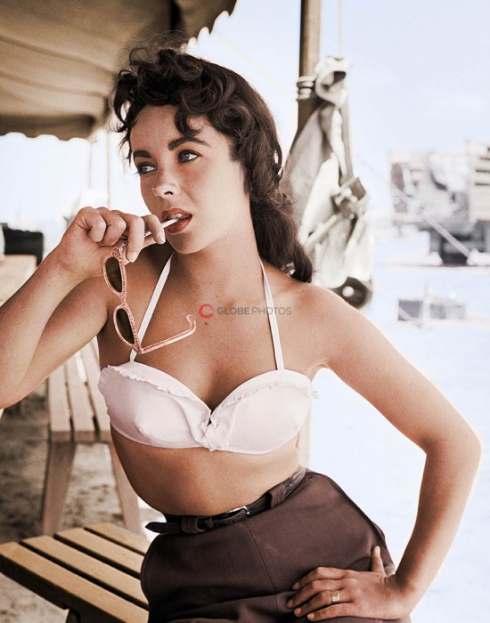 "Elizabeth Taylor with Sunglasses on the Set of ""Giant"" 1"